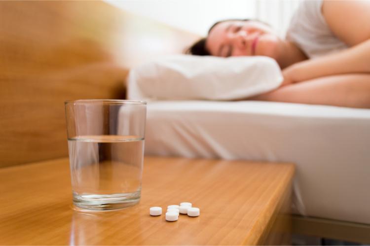 Không dùngthuốc an thần mạnh với nhiều dược phẩm khác